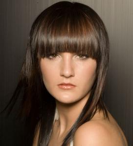 model rambut poni - bertekstur