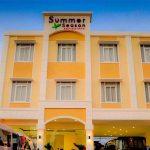 Hotel-Summer-Season-Boutique