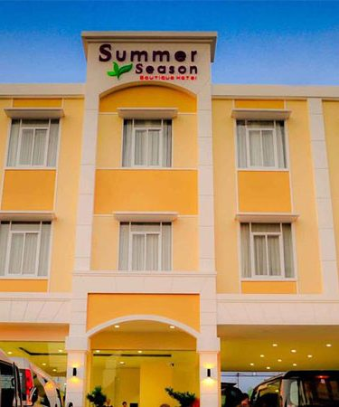 Hotel-Summer-Season-Boutique