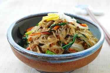 6-Makanan-Khas-Korea-Yang-Enak-Wajib-Coba-millennial-web-id.